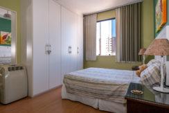 Apartamento vista mar a venda na Barra-12