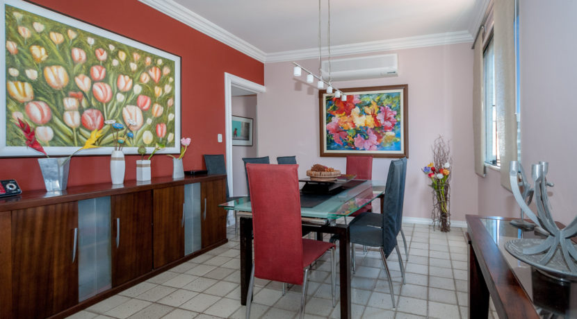 Apartamento vista mar a venda na Barra-17