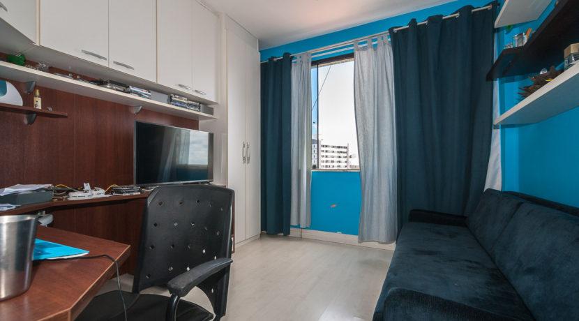 Apartamento vista mar a venda na Barra-19