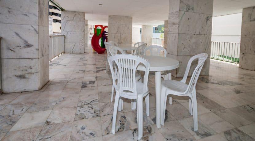 Apartamento vista mar a venda na Barra-22