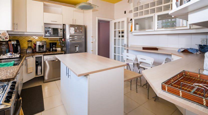 Apartamento vista mar a venda na Barra-27