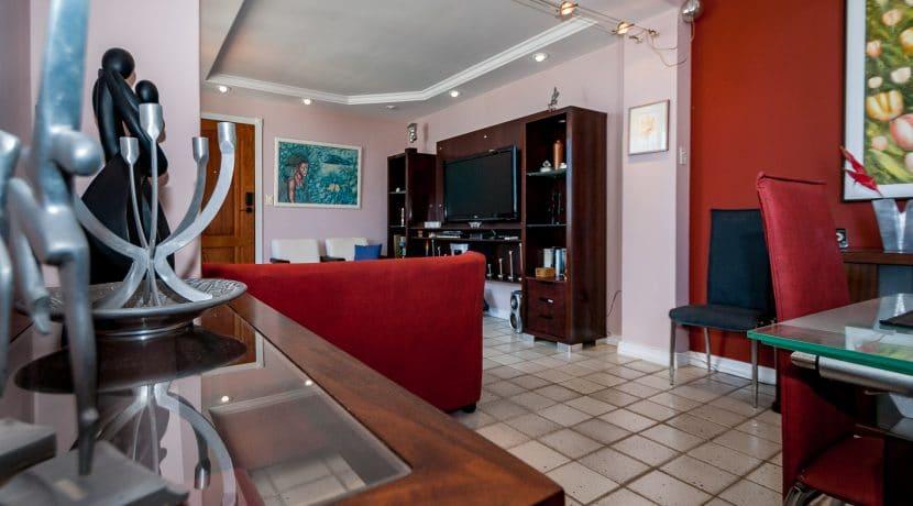 Apartamento vista mar a venda na Barra-3