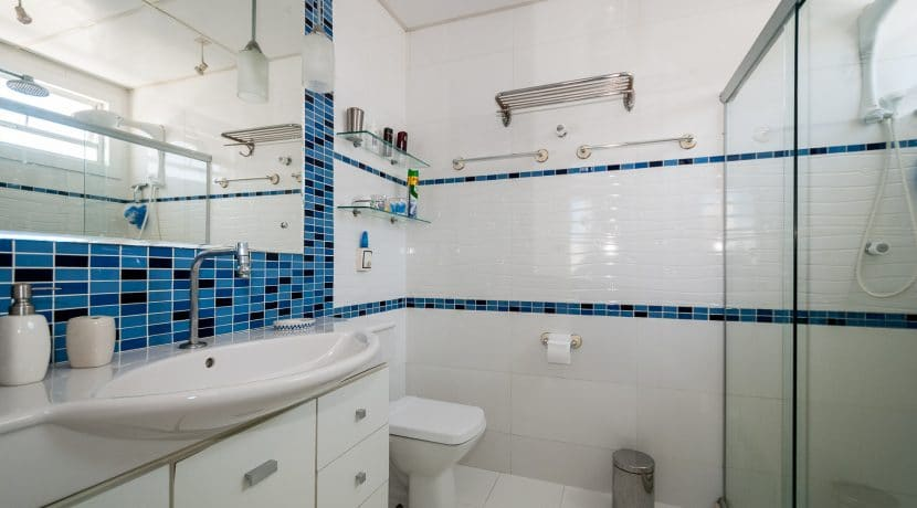 Apartamento vista mar a venda na Barra-7