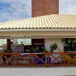 Cobertura de luxo perto da praia de Buraquinho vídeo