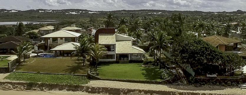 Casa de frente a praia em Interlagos vídeo