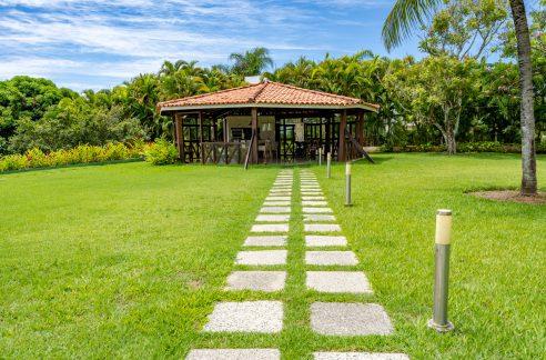 Excelente terreno a venda no condomínio Encontro das Águas