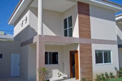 Fantástica e moderna casa a venda no Miragem