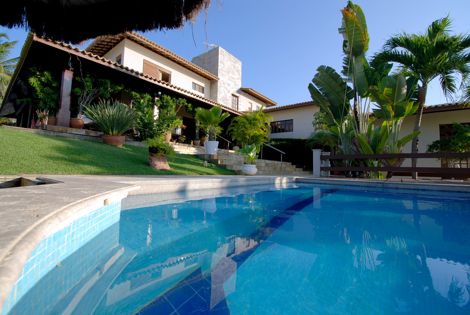 Front beach mansion for sale in Interlagos