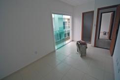 bela-casa-duplex-a-venda-em-pitangueiras-9