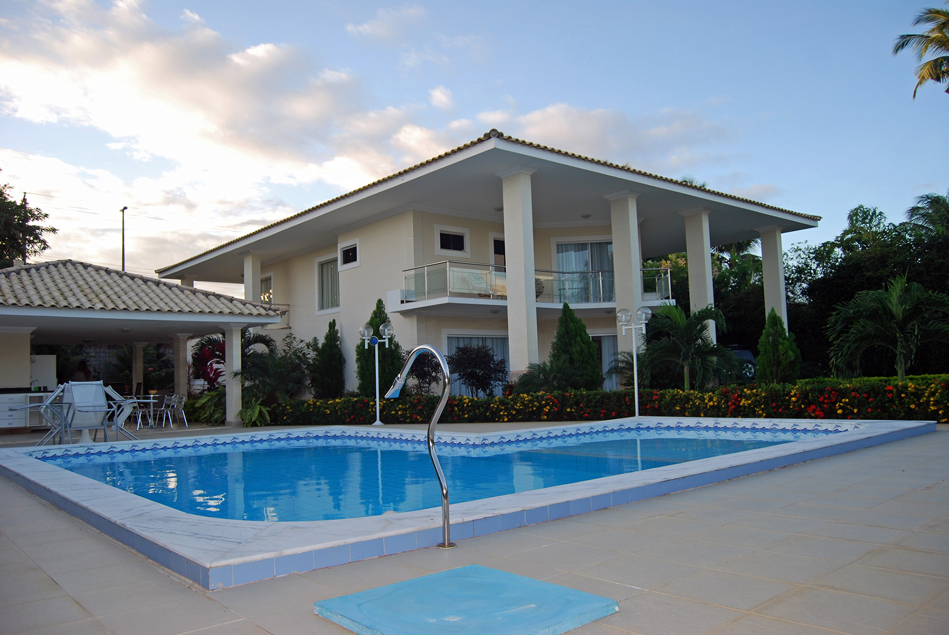 Beauty home with comfort for sale in Lauro de Freitas