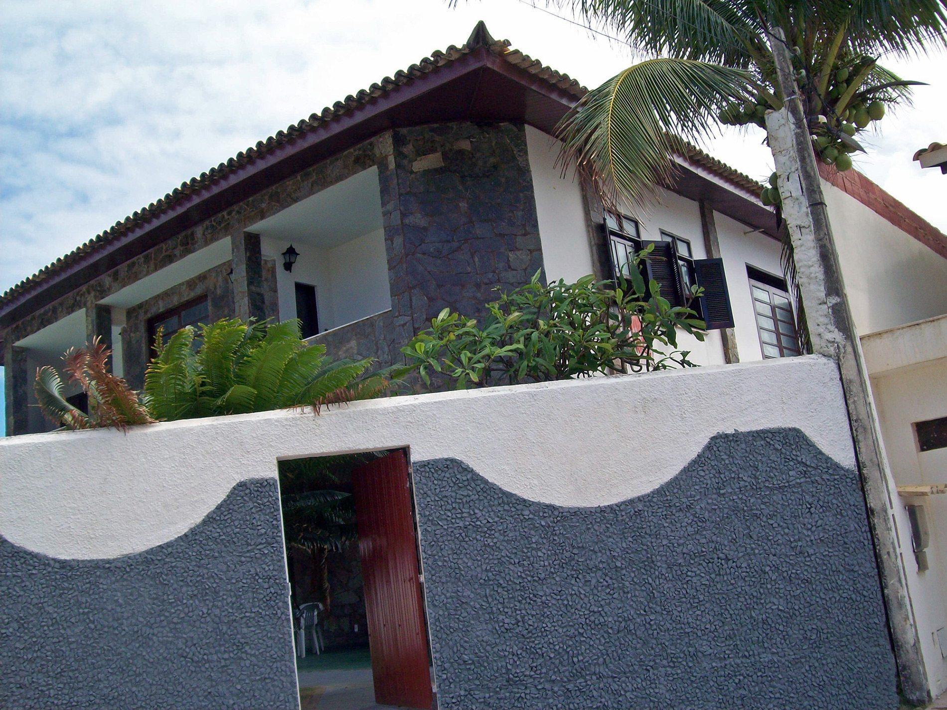 Home 30 meters from Vilas do Atlântico beach for sale