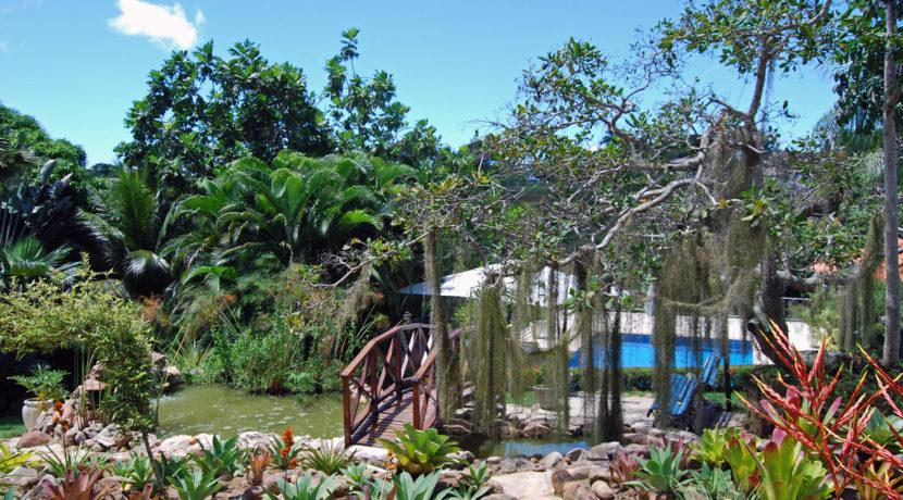 casa-a-venda-com-vista-para-a-bela-lagoa-em-encotro-das-aguas-9