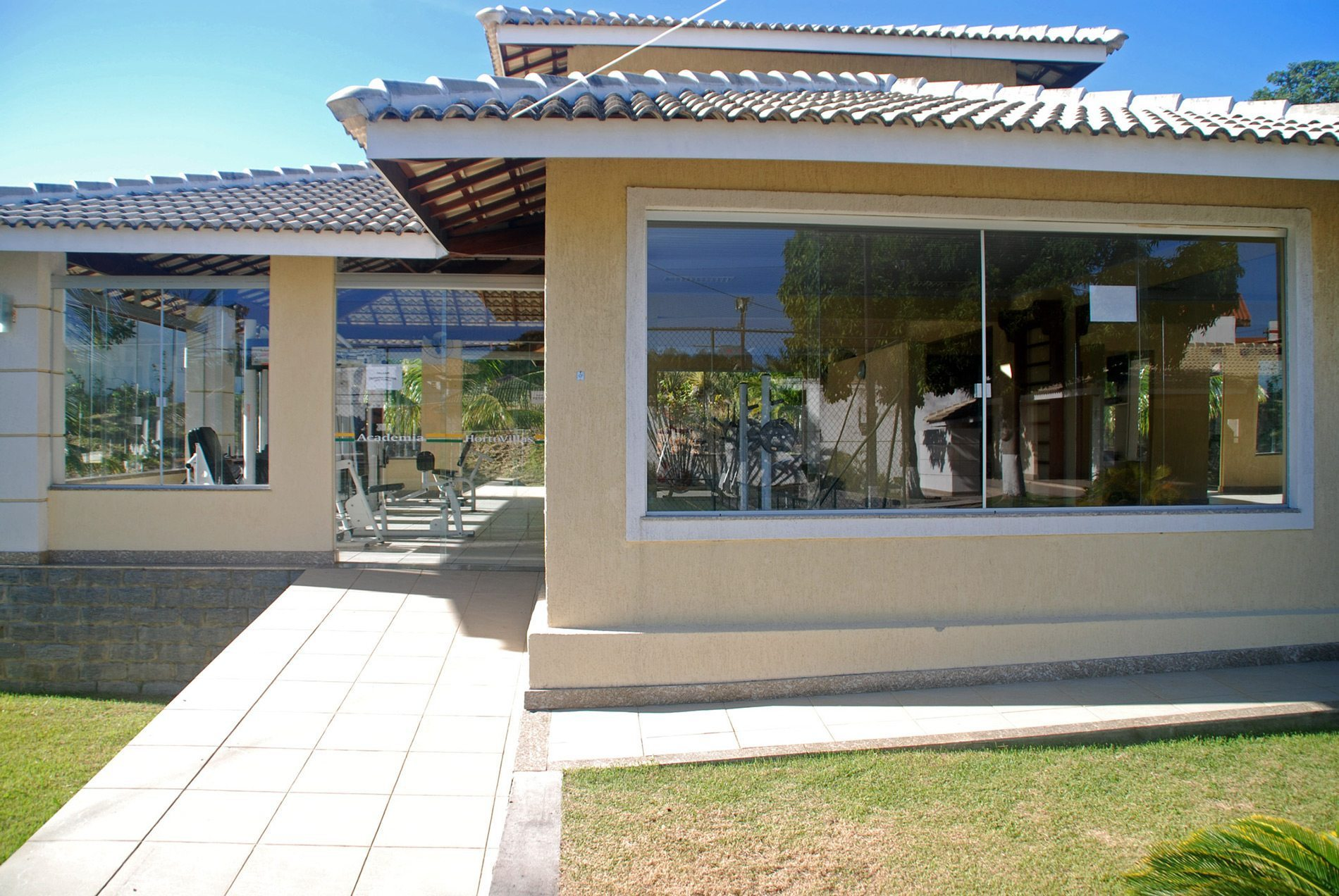 Beautiful home for sale in vilas do atl ntico hansen im veis for Home pictures