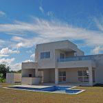 Exuberante casa nova a venda em Busca Vida