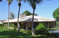 Casa térrea a venda no Encontro das Águas