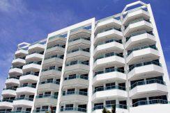 Apartamentos com ótima localização a venda Buraquinho