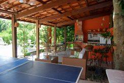 confortavel-casa-a-venda-com-piscina-em-encontro-das-aguas-11