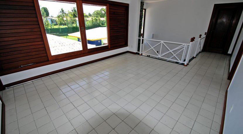espacosa-casa-a-venda-no-encontro-das-aguas-29
