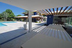 Espaçosa casa a venda no Encontro das Águas