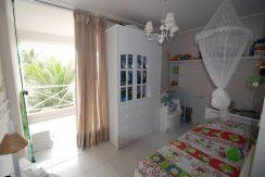 Excelente casa a venda em Buraquinho