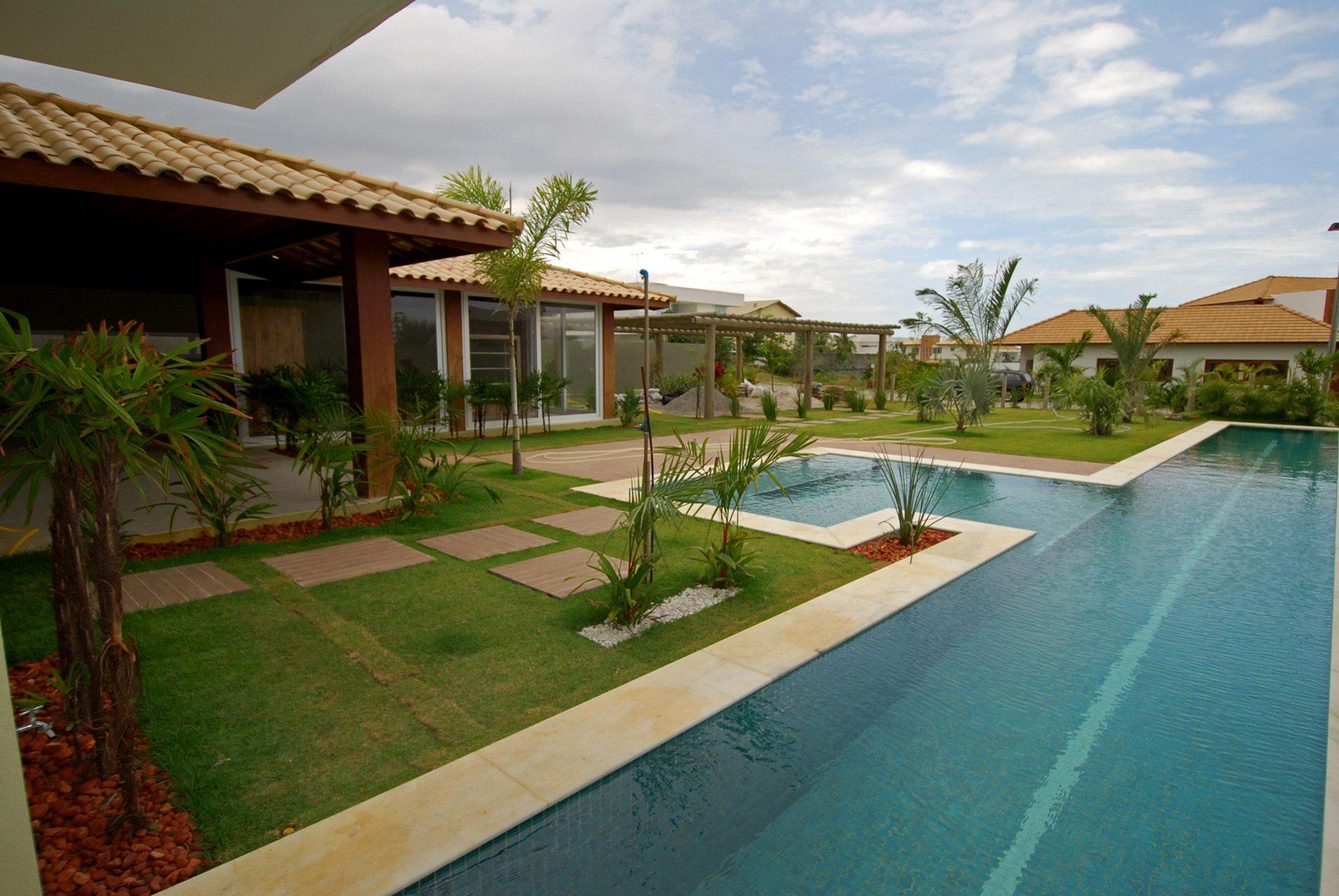 Casa com piscina a venda em busca vida hansen im veis for Casa con piscina urdaibai