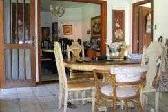 maravilhosa-casa-a-venda-no-encontro-das-aguas-1