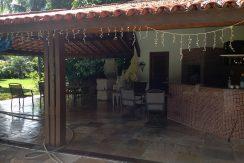 maravilhosa-casa-a-venda-no-encontro-das-aguas-16