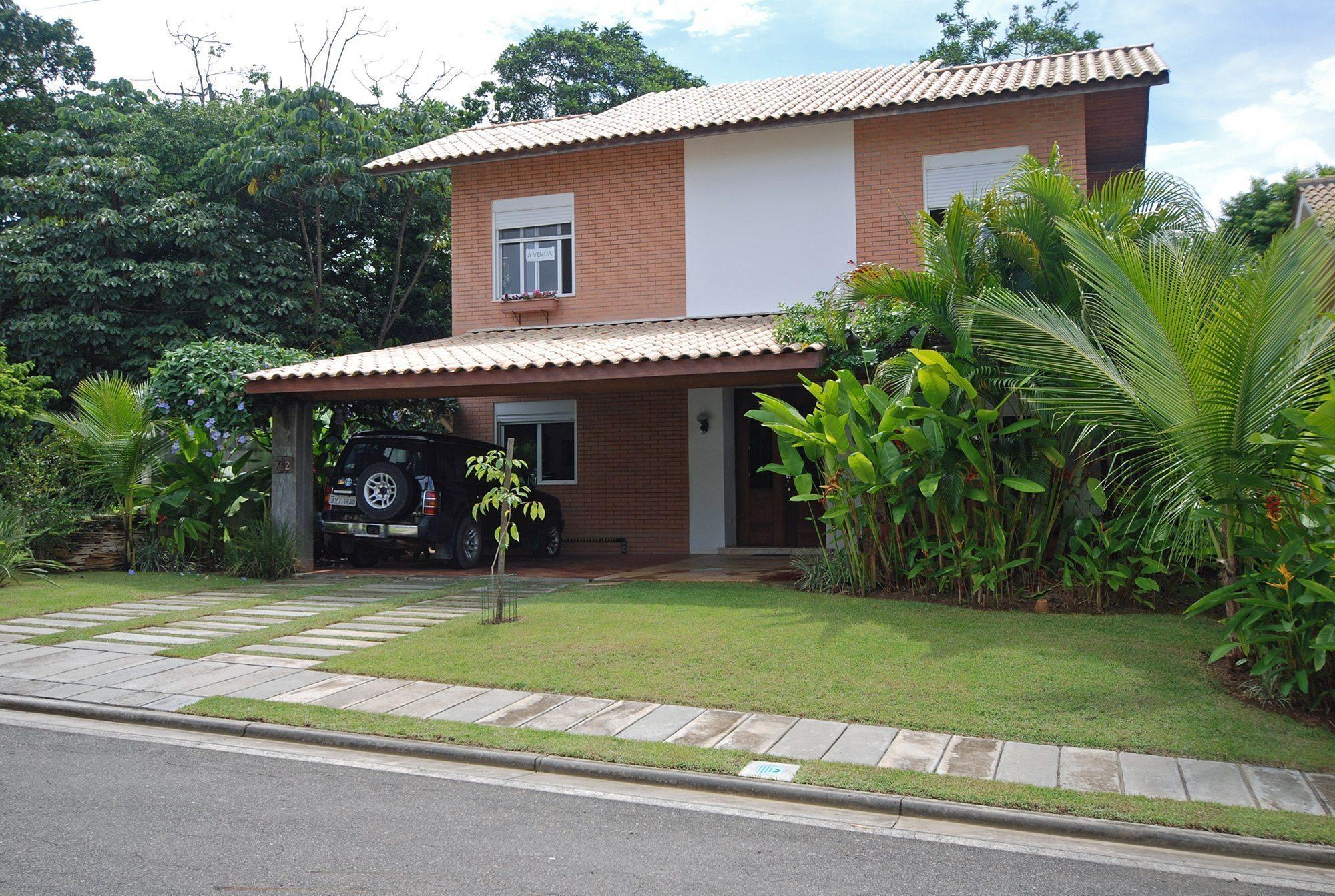 Modern home for sale in alphaville paralela hansen im veis for Modern rustic homes for sale