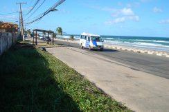 Terreno a venda em frente a praia de Ipitanga