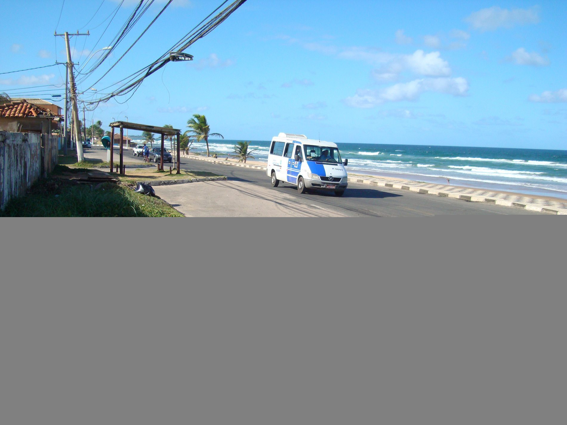 Land for sale in front of the beach Ipitanga