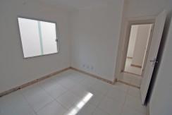 Casa com ótimo acabamento a venda em Abrantes (11)
