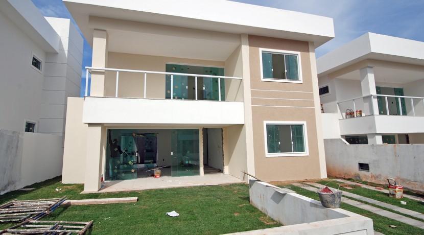 Casas de 4 suites à venda em Buraquinho-9