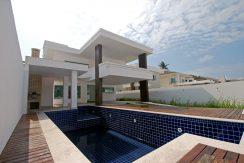 Casa no condomínio Califórnia Priscila Dutra