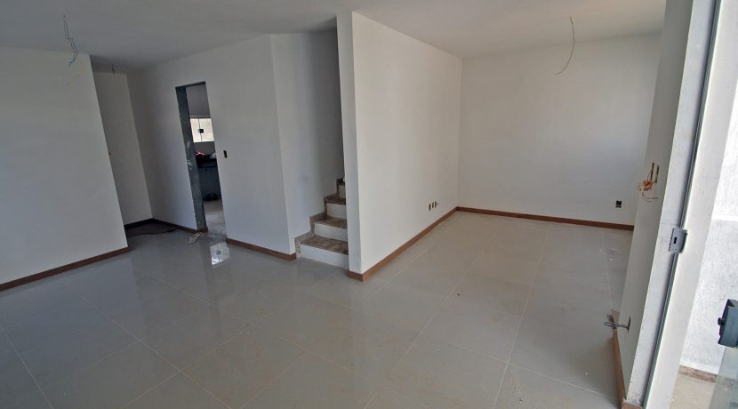 Ótima casa a venda em Lauro de Freitas