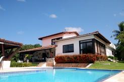 Ótima casa a venda no condomínio Encontro das Águas