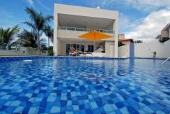 casa a venda em Guarajuba alto luxo