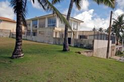 Vilas do Atlântico casa a venda frente do mar