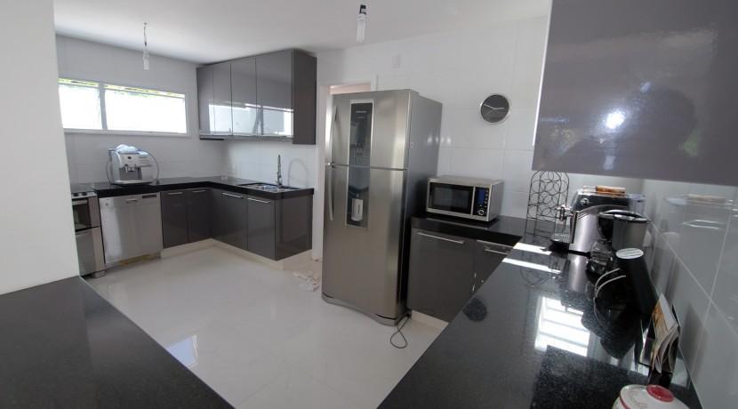 casa-a-venda-na-frente-da-praia-em-itacimirim-30