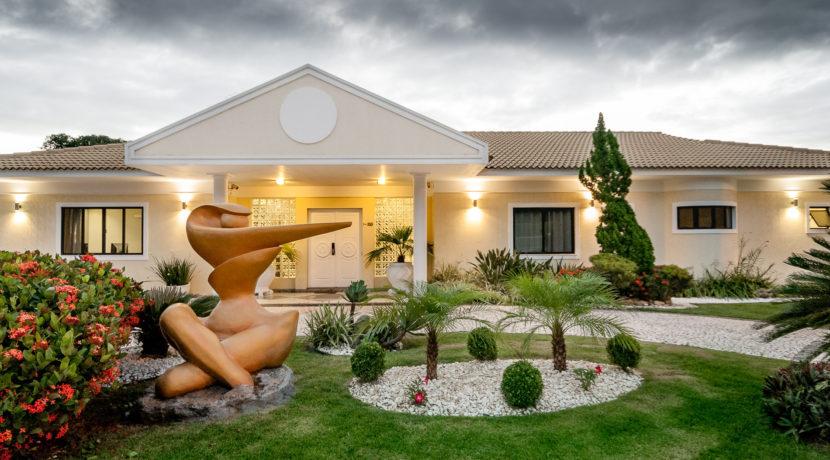 Casa luxuosa à venda no condomínio Encontro das Águas-13
