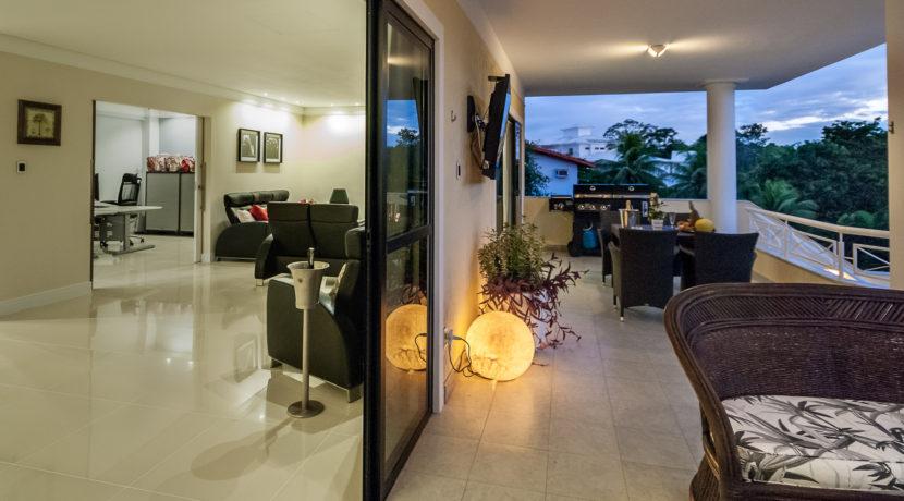 Casa luxuosa à venda no condomínio Encontro das Águas-14
