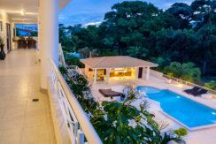 Casa luxuosa à venda no condomínio Encontro das Águas-15