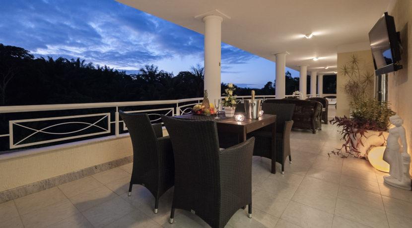 Casa luxuosa à venda no condomínio Encontro das Águas-16