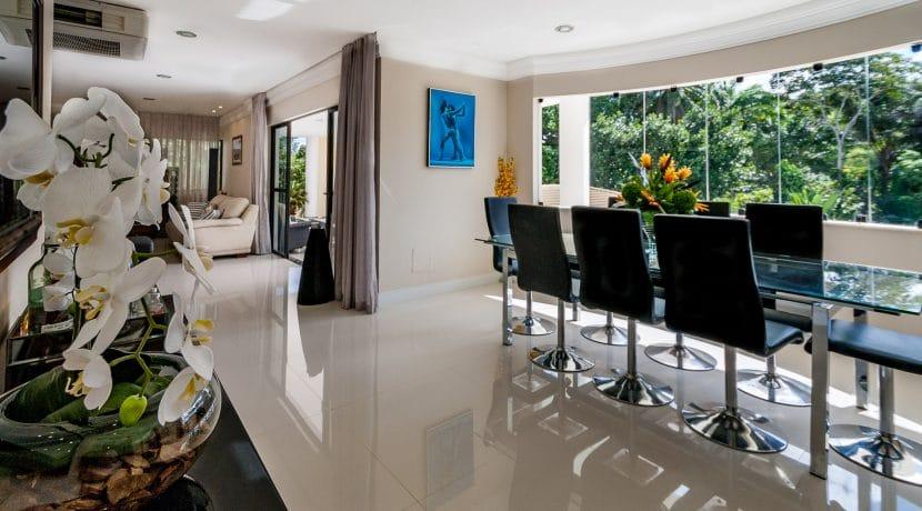 Casa luxuosa à venda no condomínio Encontro das Águas-22