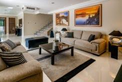 Casa luxuosa à venda no condomínio Encontro das Águas-24