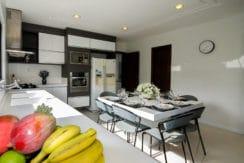 Casa luxuosa à venda no condomínio Encontro das Águas-34