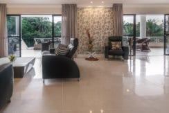 Casa luxuosa à venda no condomínio Encontro das Águas-7