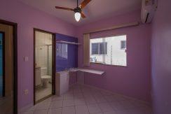 Casa com piscina a venda em Ipitanga-12
