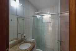 Casa com piscina a venda em Ipitanga-6