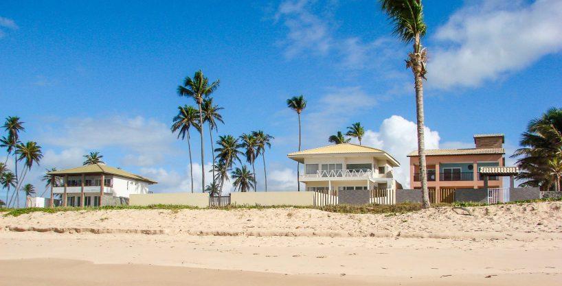 Barra do Jacuípe frontbeach home for sale