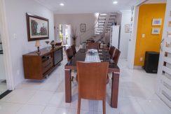 Casa nova a venda em Buraquinho